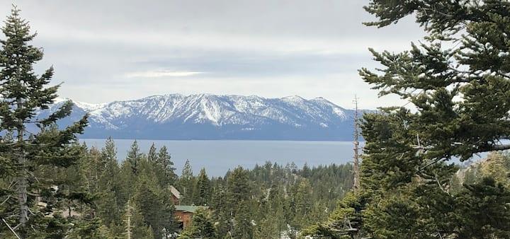 Tahoe: Million Dollar spectacular Lake View .