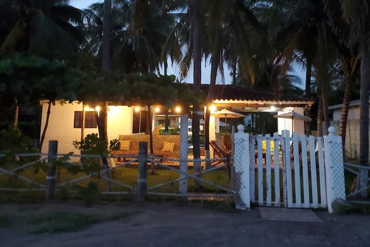 Casa en la playa, Al Fin, Costa Azul, Sonsonate