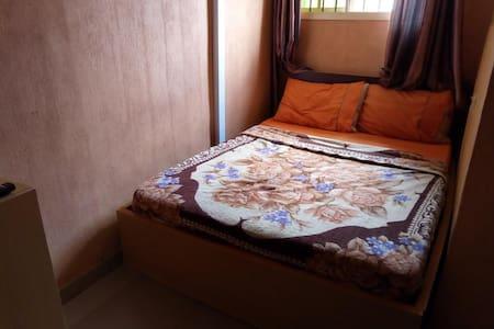 Gen-Preston Hotel - Single Room