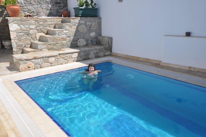 Stunning house with private pool - Selçuk - Huis