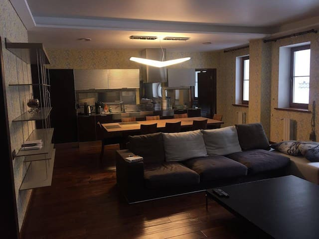 Квартира за городом в 20 минутах от центра - Novosibirsk - Apartment