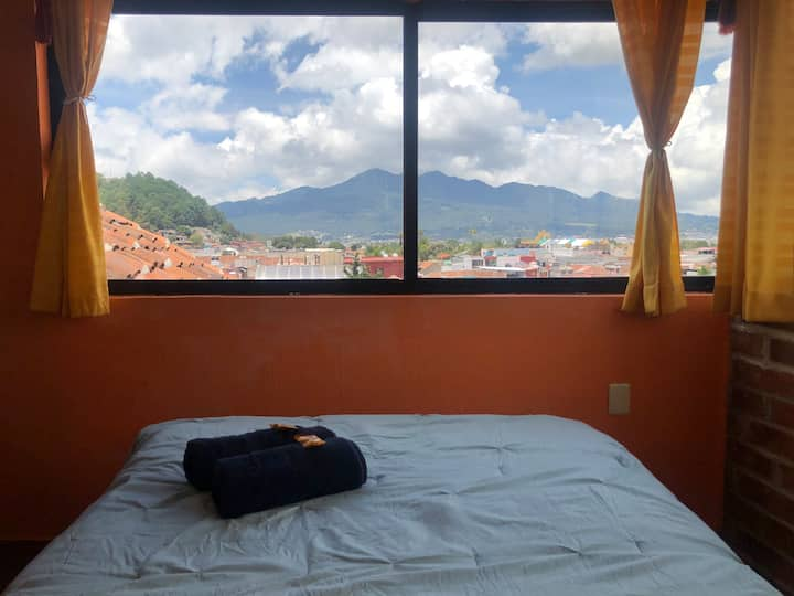 Panoramic Room! Amazing, 2 blocks from main square