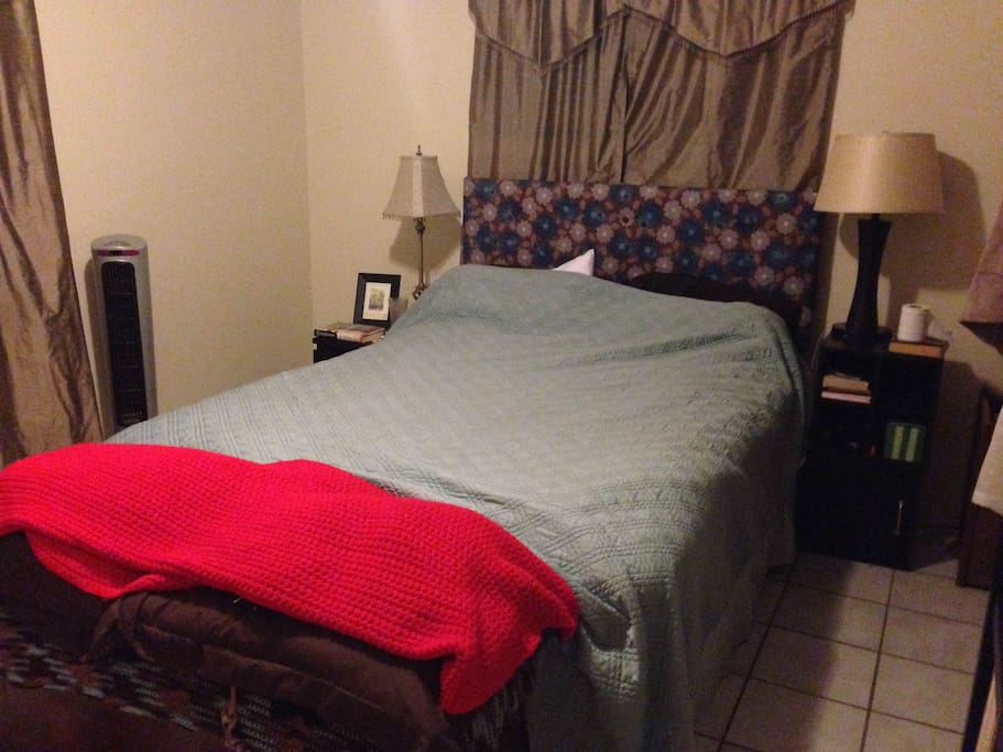 One bedroom with queen bed, including clean linens.