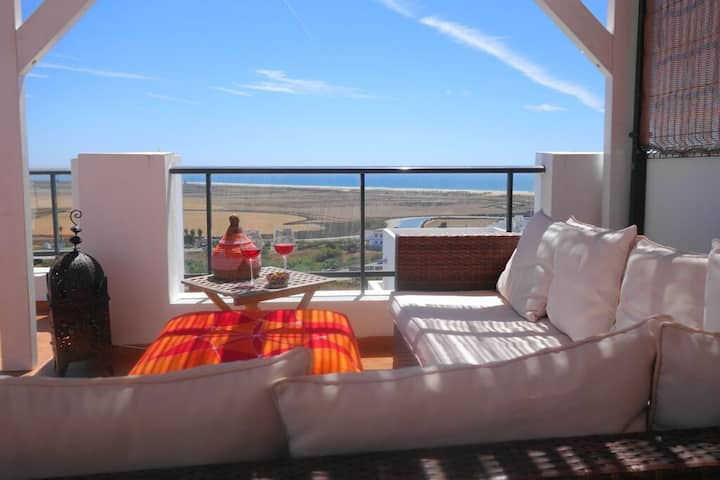 Casa Vista Atlantica - Modern terraced house with fantastic sea views and communal pool