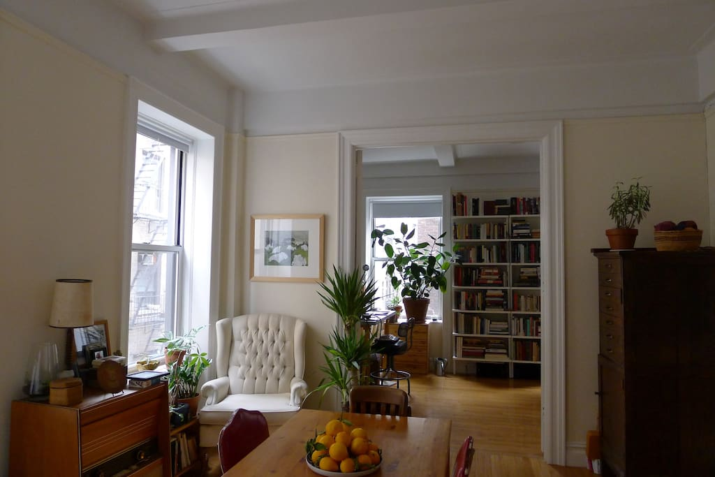 Cozy living room space with vintage Telefunken radio.