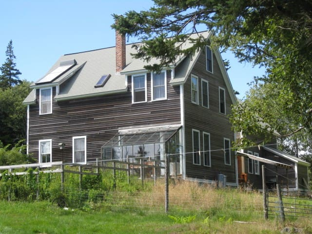 Cove-Side Meadow House - Swans Island - Huis