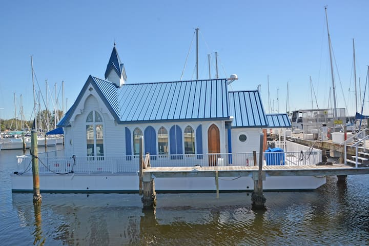 The Floating Chapel
