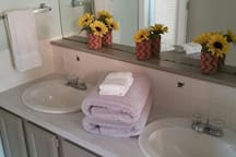 Here is the double sink in the upstairs bathroom.