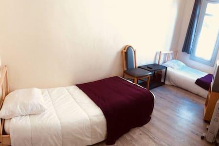 Слика од спалната соба