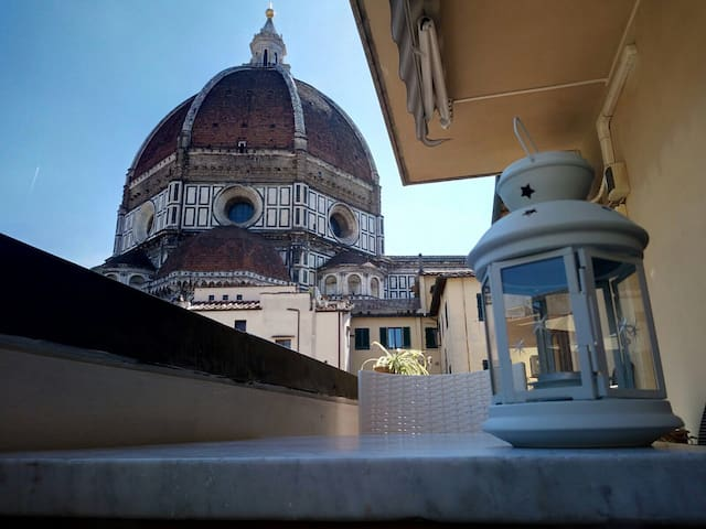 Breathtaking view of the Dome from the balcony! - Firenze - Condominio