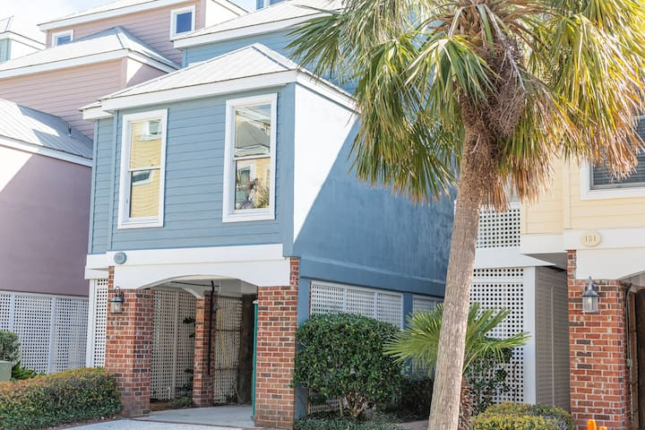OCEANFRONT! Great Location! Desirable Grand Pavilion Community