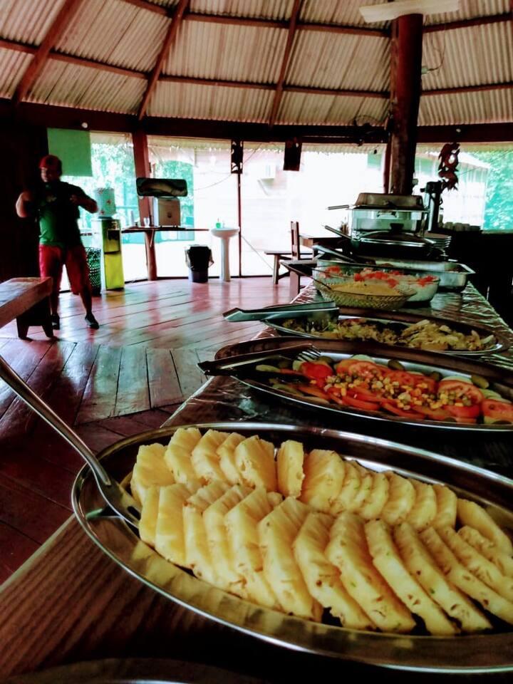 Amazon Fishing  Juma Camp