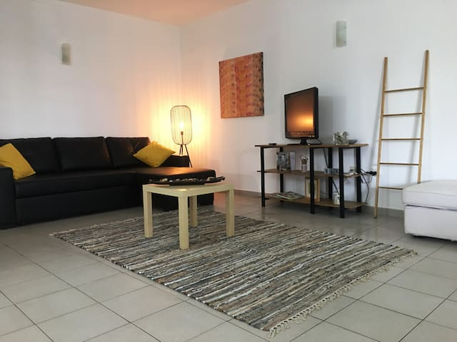 Rocha Beach Confortable Apartment A/C & WiFi