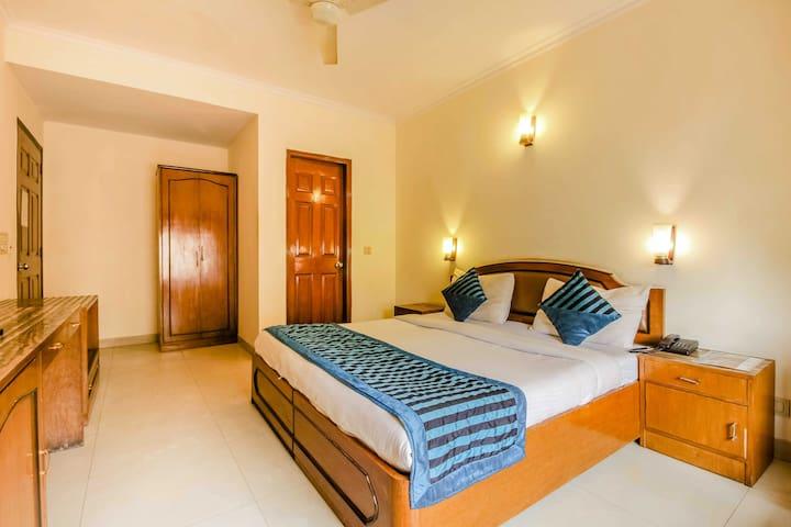 Smart inn Hotel//Gurgaon Traveller friendly Room