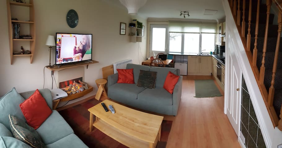 Modern 2 Bed Beachside Holiday Home - Freshwater East - Hus