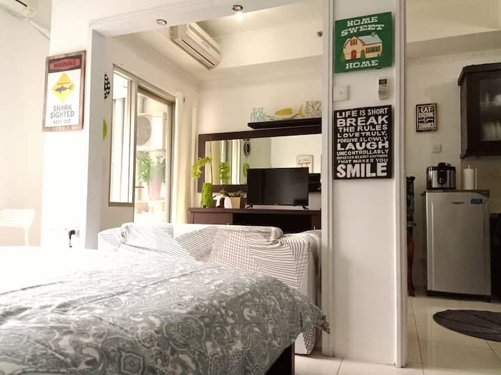 Delightfully Cozy Complete Studio Apt CBD Jakarta