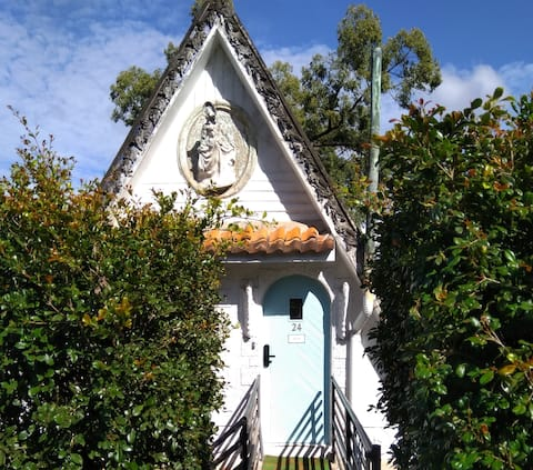 Two Suites at Brisbane's iconic Fairy House