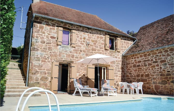 Beautiful home in Teillots/Puy Redon with Outdoor swimming pool and 2 Bedrooms