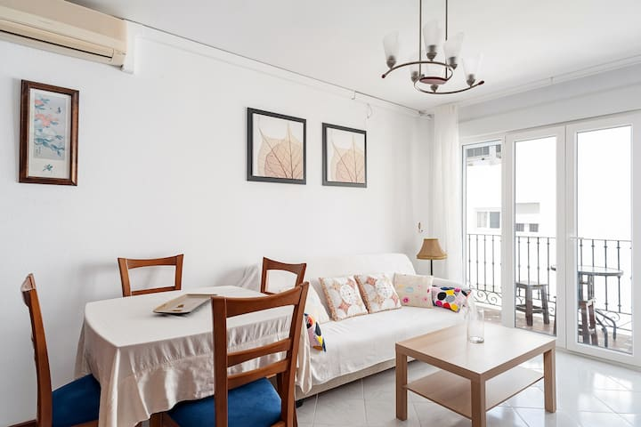 Directly at the beach - Apartment Bateles