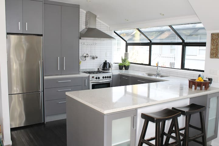 Beach Stay at Kohi - Auckland - Apartment