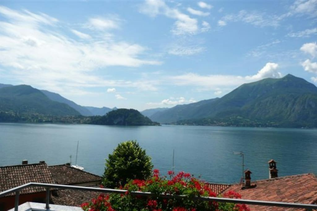 Lake Como in full Glory