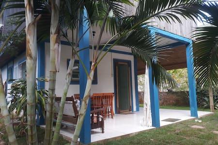 Casa completa na tranquila praia do Matadeiro 🌴🏖