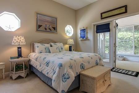 Amelia Island Beachy Comfy Getaway-Late check out! - Fernandina Beach - Huis