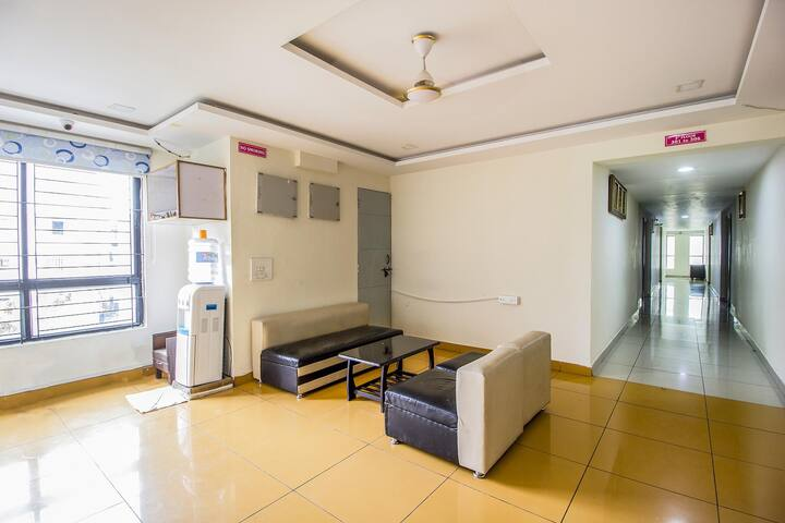 Blissful and affordable stay @Madhapur with AC + WiFi + free breakfast