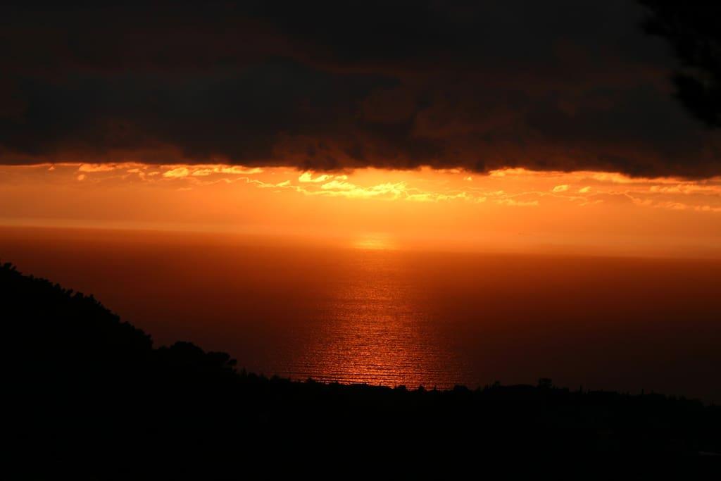 unique sunsets