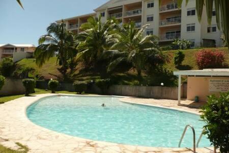 Appartement F3 vue mer et piscine  - Puna'auia - Wohnung