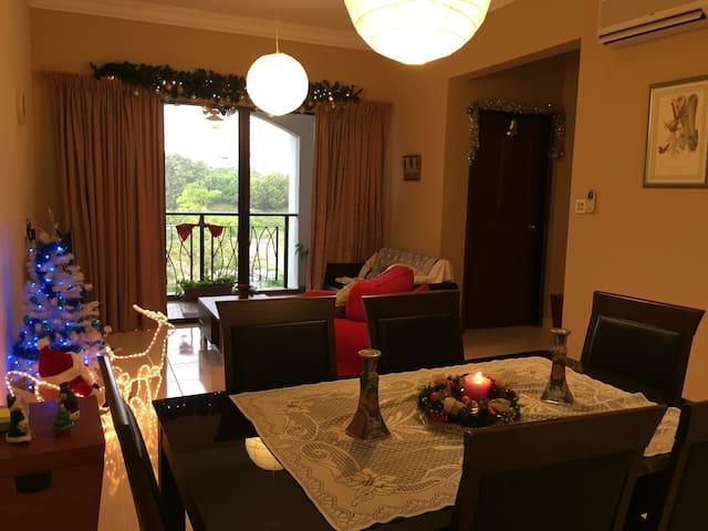 Home@Cyberjaya CyberHeightsVilla, Peter's Bhavanan - Cyberjaya - Wohnung