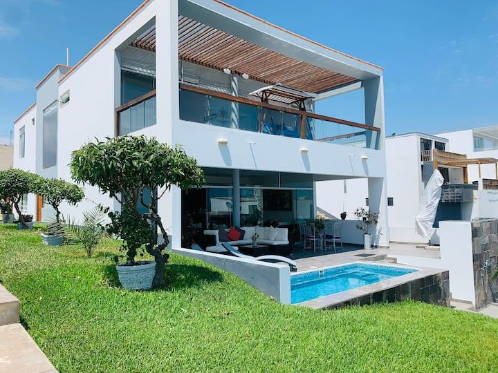 Casa de Playa Las Palmeras km123.7 ¡Hermosa Playa!