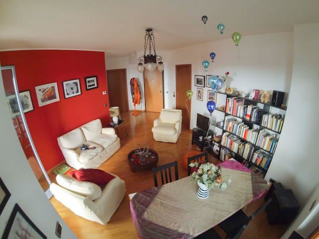 Big apartment with big terrace - Milán - Byt