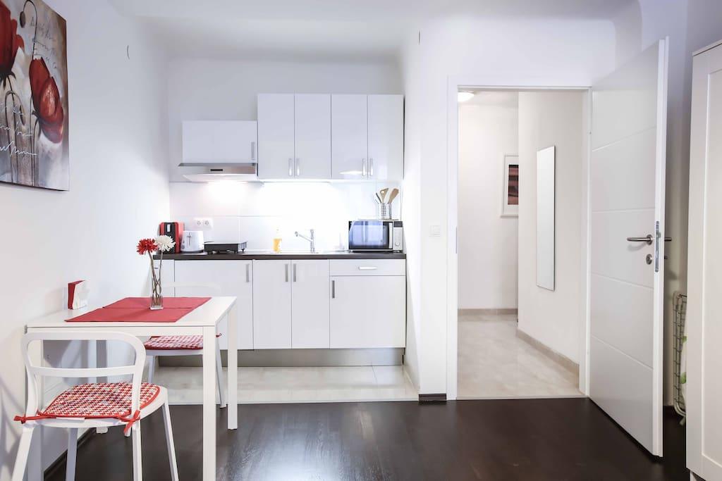 Küchenzeile/Kitchen