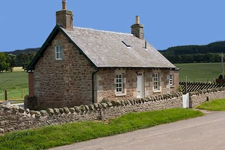 Lammermuir Cottage - Humbie - 独立屋
