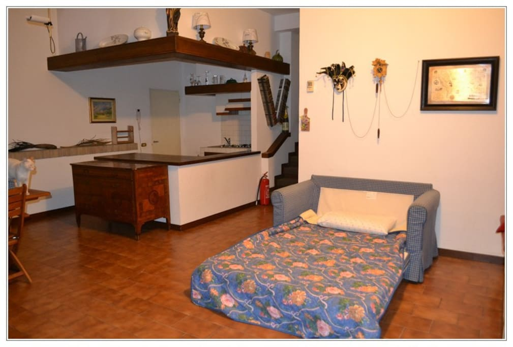First 2 people couchbed, letto divano 2 posti