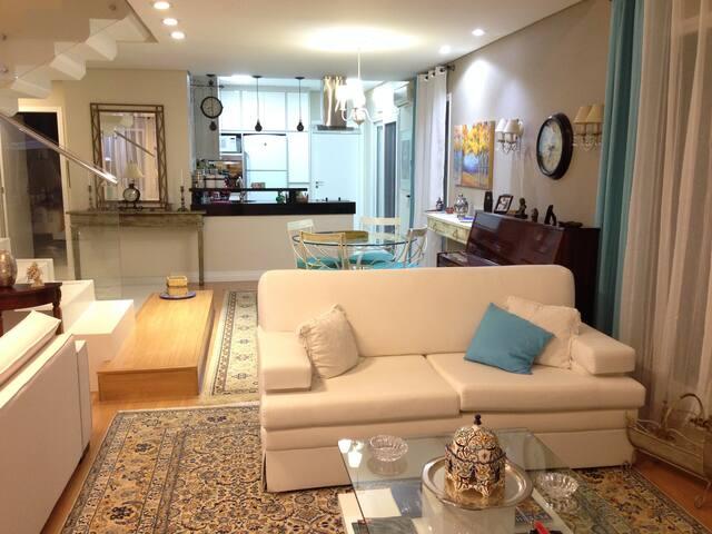 In São Paulo with comfort in this en-suite.