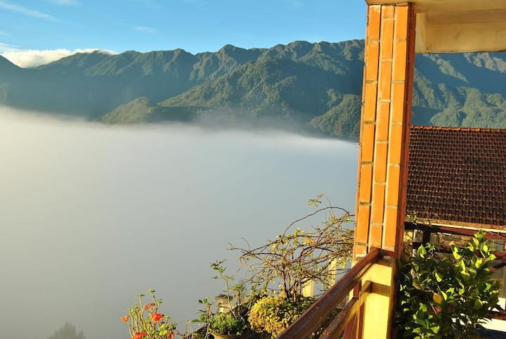 Sapa Package Tour for 2 days + Hot Deal