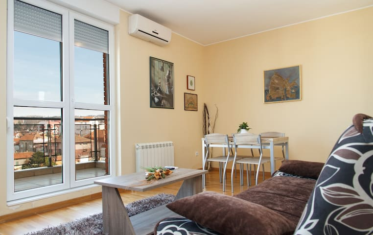 Seventh summit app 1 - Beograd - Appartement