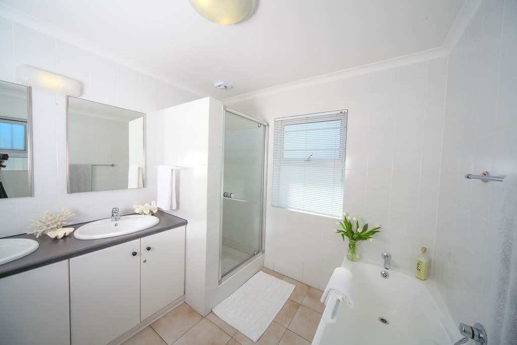 2 Bathrooms with shower and bath. 3rd en suite bathroom with shower