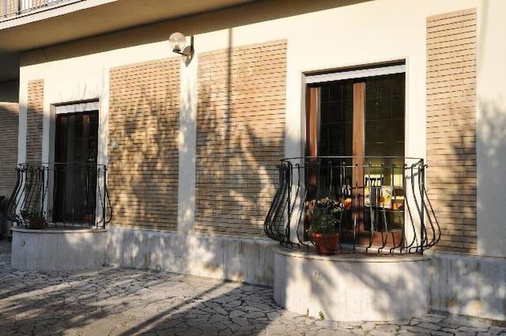 CAMPOLEONE STAZIONE APRILIA - Campoleone - Apartment