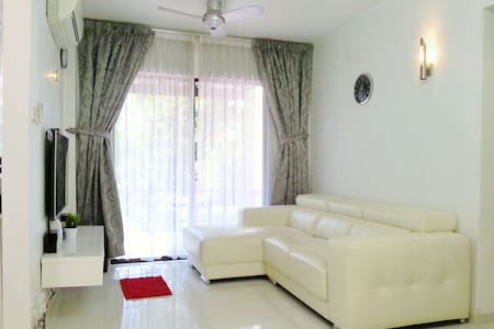 Cozy Simple Modern Living Suite - Bayan Lepas