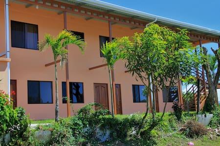 Vistas del Lago Apartments - Nuevo Arenal - Lägenhet