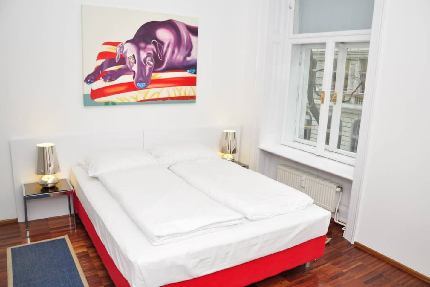 Marc Aurel Strasse -  bedroom