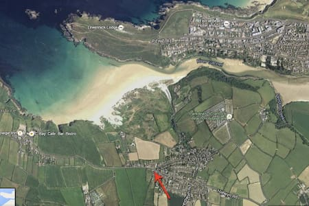 Large house & garden - Just a 5 min walk to beach! - Cornwall - House