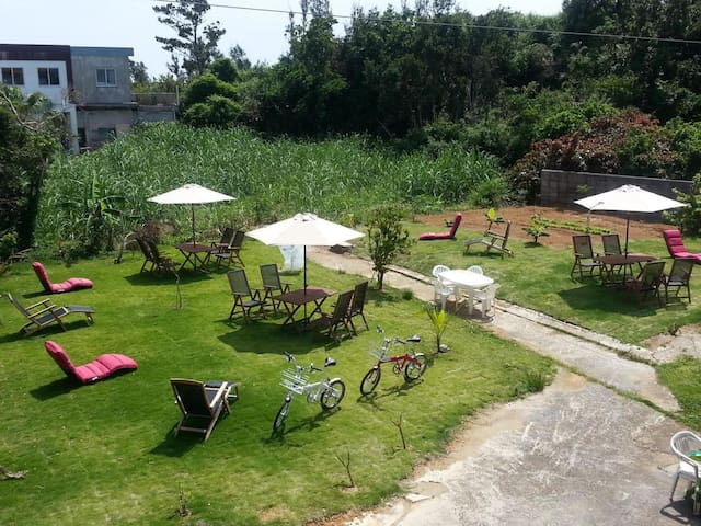 YORON STAY ★ Yoron Airport and Yoron Port 15 minutes by car from Ferry Terminal 【6畳・さとうきび畑】
