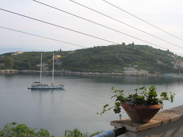 Kassiopi Apt. 2  sea view