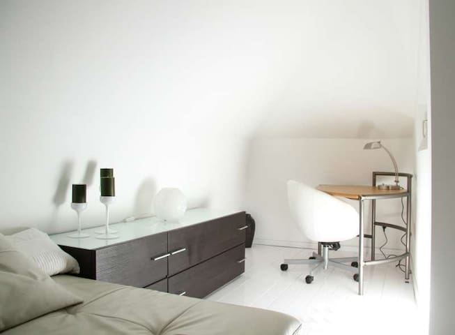 Neu-Isenburg 2018 (with Photos): Top 20 Places to Stay in Neu ...