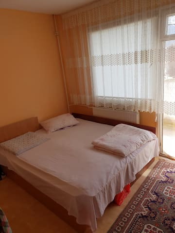 Studio apartment, 20min to city Center