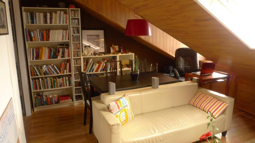 Cosy flat close to downtown Lisbon - Seixal - Apartment